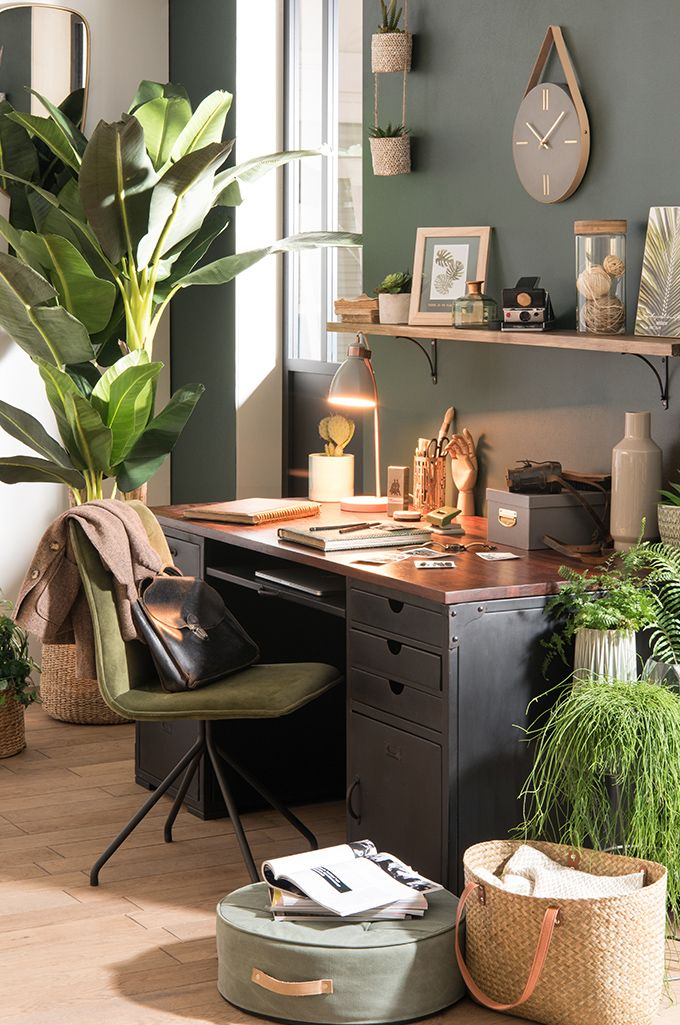 tendance d co urban garden bureau des plantes maisons du monde the office home office. Black Bedroom Furniture Sets. Home Design Ideas
