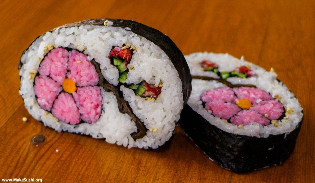 Flower Makizushi 巻き寿司 Art recipe : : : Sushi gets creative with this decorative mosaic flower sushi roll.