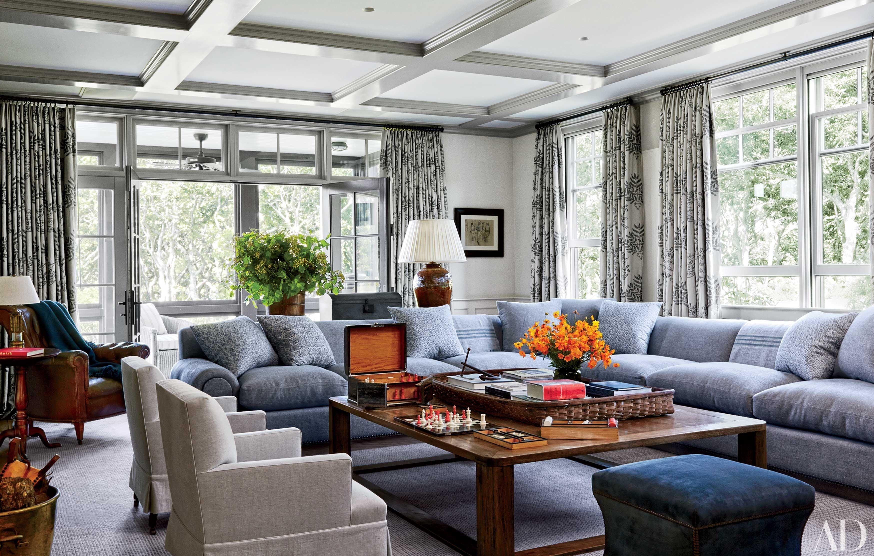 17 Fabulous Family Friendly Living Rooms Creation De Pieces Familiales Salle Familiale Interieur Maison