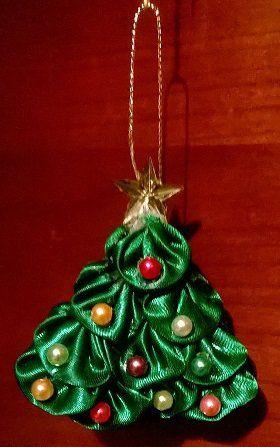 Albero Di Natale Kanzashi.Piccolo Albero Di Natale Kanzashi Da Appendere Fatto A Mano Piccoli Alberi Di Natale Fatto A Mano Alberi Di Natale