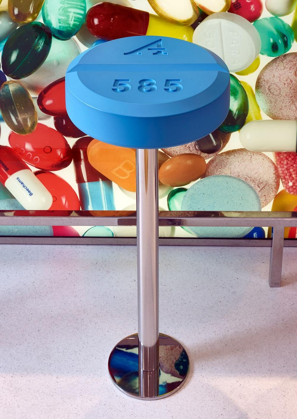 Can Damien Hirst Recreate 90s Hedonism with a Pharmacy-Themed ... 8c6493a58eb0