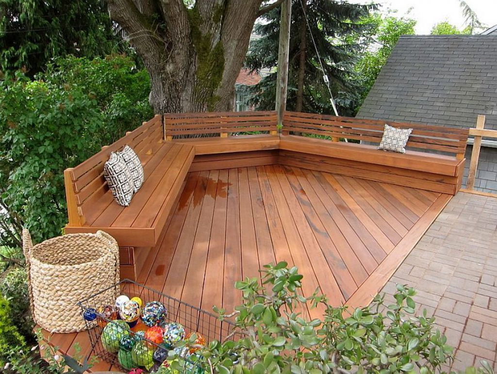 Outdoor Deck With Built In Deck Benches Featured Backs Deck Bench Seating Deck Bench Deck Seating