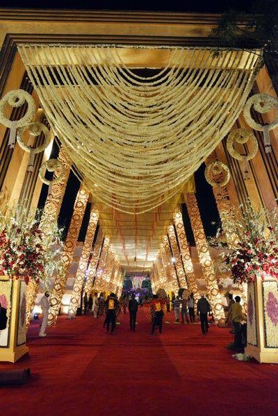 Blankslate Weddings Events Info Review Wedding Planners In Mumbai Wedmegood Wedding Backdrop Decorations Wedding Themes Outdoor Wedding Entrance Decor