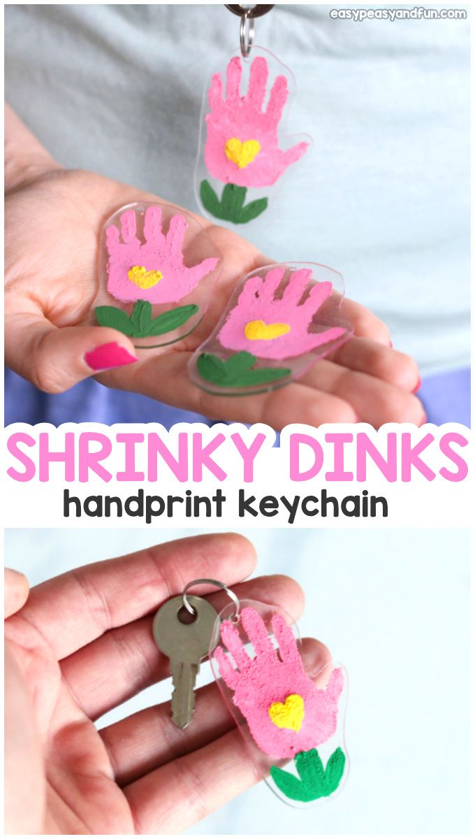 Shrinky Dinks Flower Handprint Keychain - Easy Peasy and Fun #grandparentsdaygifts