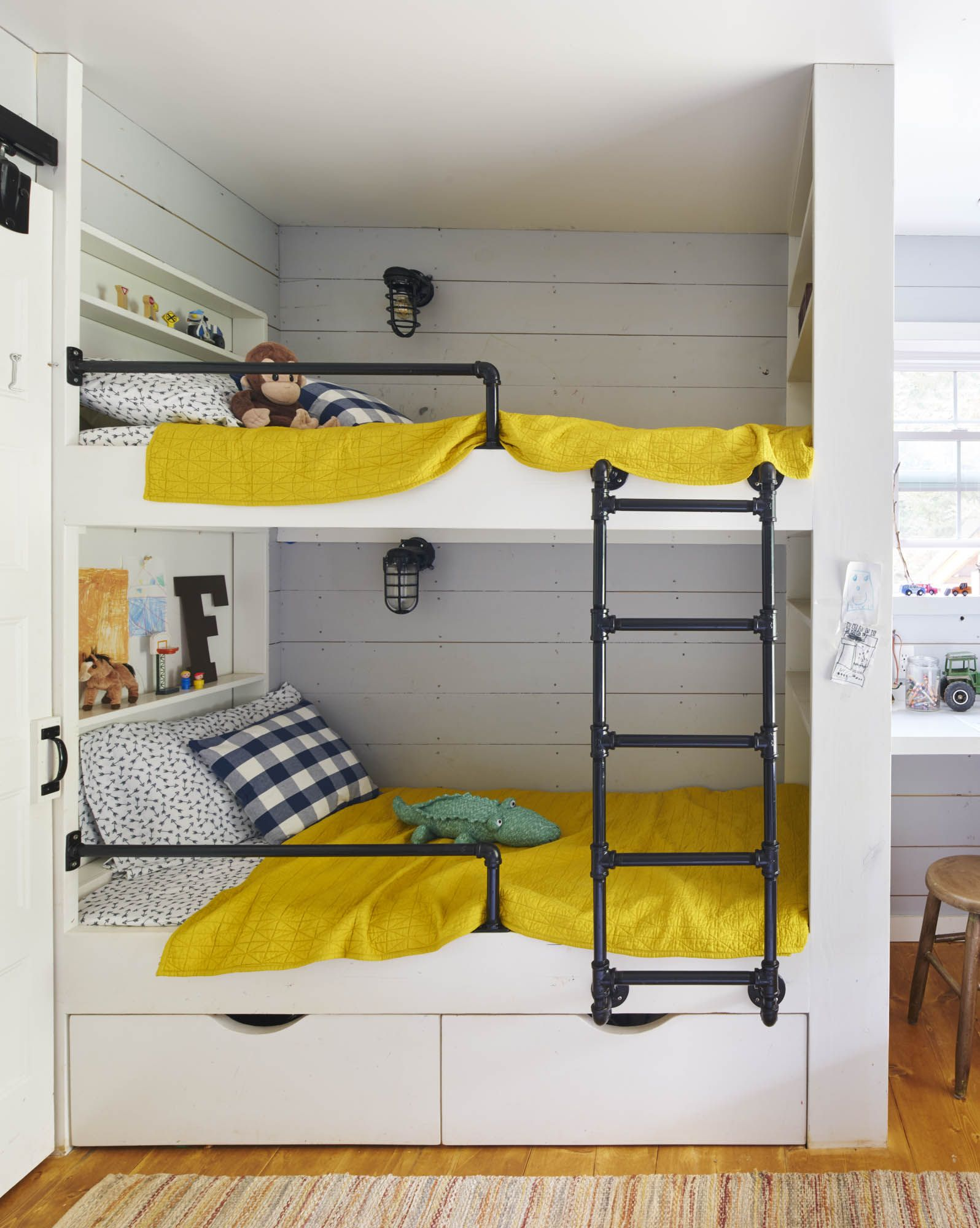 1631 Ctl Mccullock 598 Jpg Bunk Beds Built In Bunk Beds Bunk