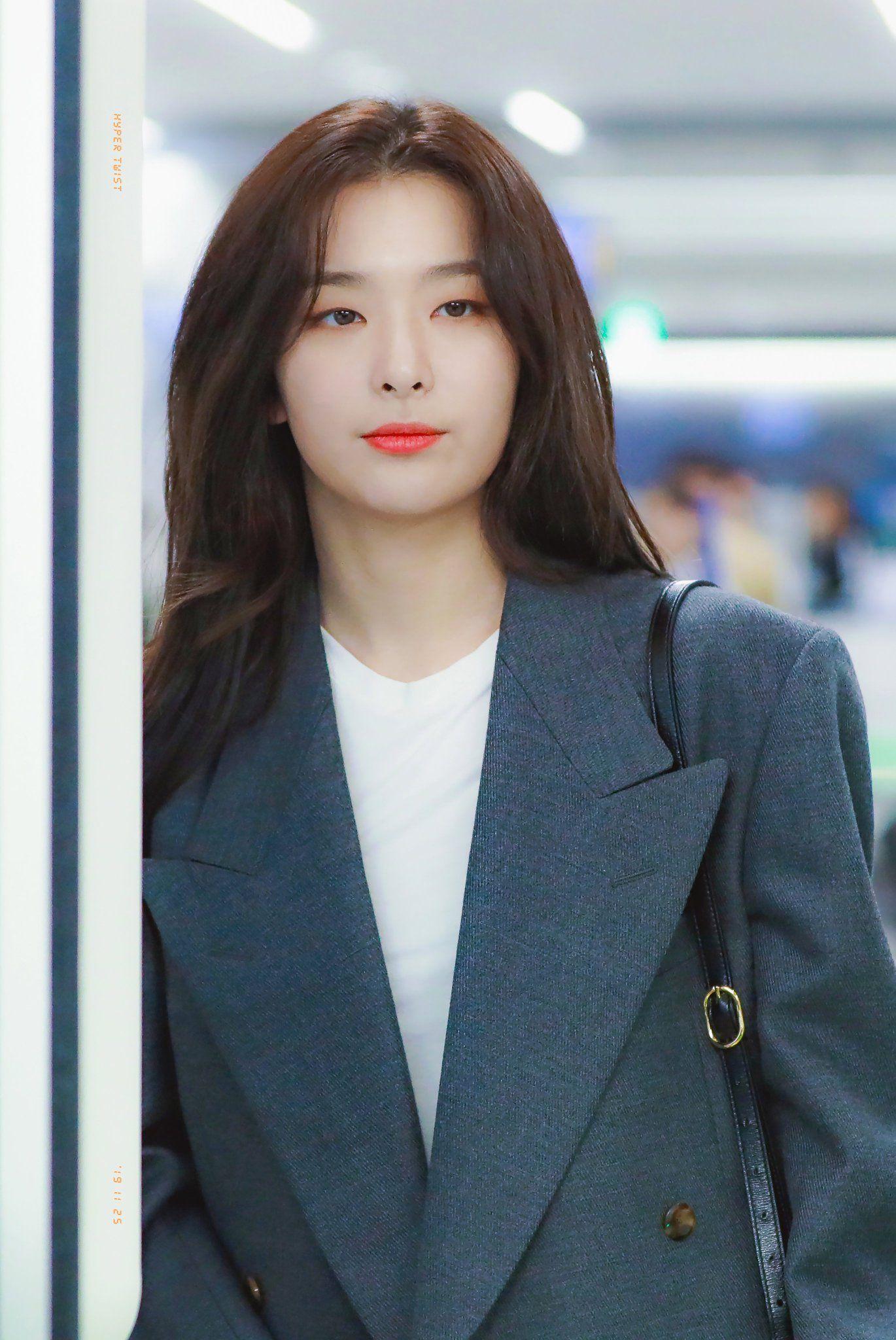 Pin Oleh Fatimah Di Seulgi Red Velvet