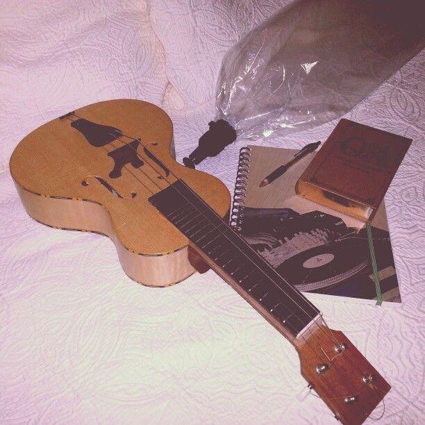 mandolinetto, volcano vaporizer, Q&a journal, notebook
