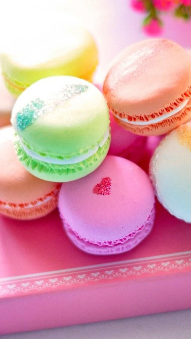 Macaron Wallpaper For Iphone And Android Kue Macaroon Kue Bahagia