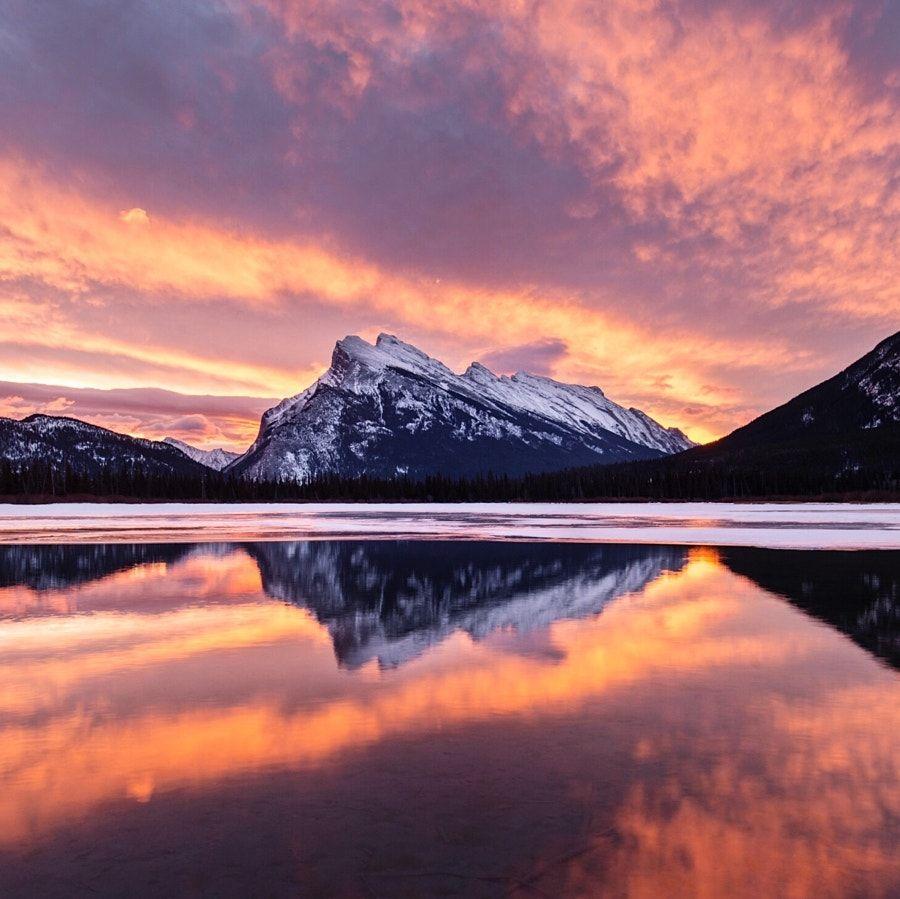 sunrise. vermillion lakes. mt rundle. banff. alber ... by Tanner Wendell Stewart - Photo 195983609 / 500px