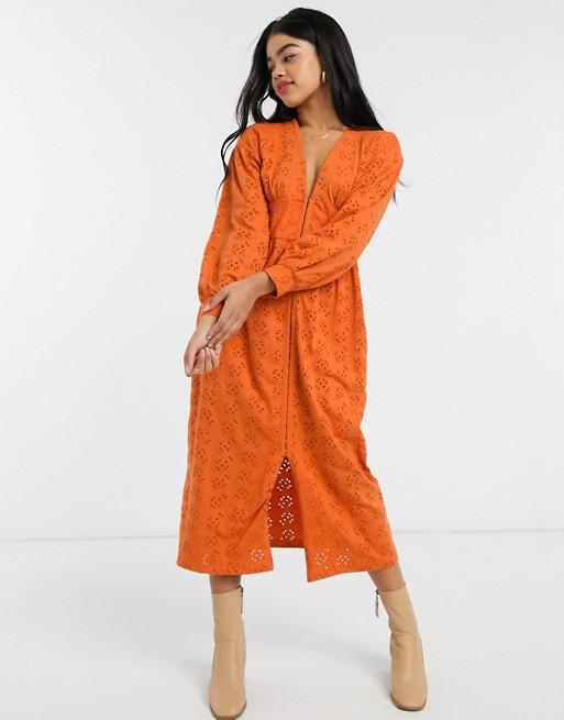 ASOS DESIGN – Robe mi-longue en broderie brodée – Orange | ASOS   – Sewing Inspiration