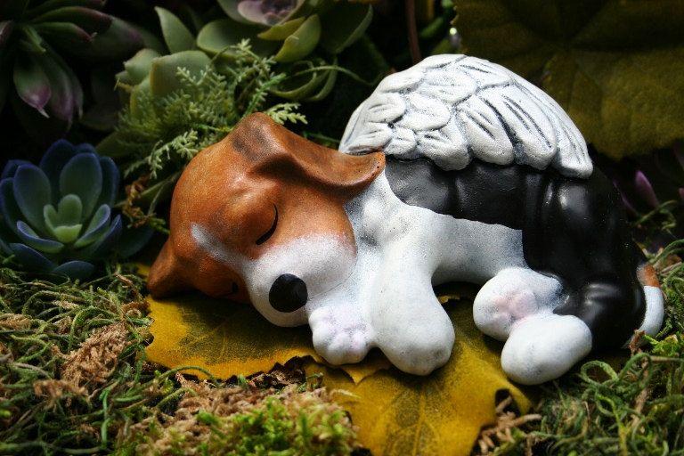 Attrayant Beagle Angel Statue   Dog Angel Memorial   Concrete Pet Marker