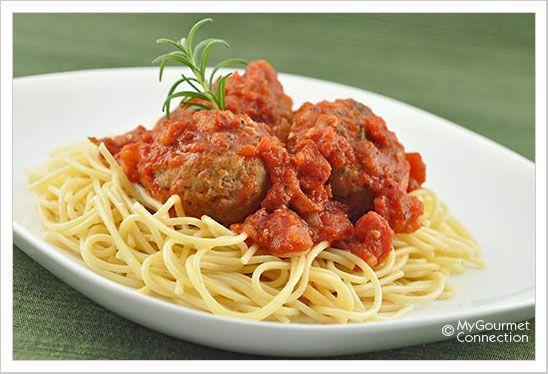 Spaghetti with Rosemary-Parmesan Turkey Meatballs Recipe | MyGourmetConnection