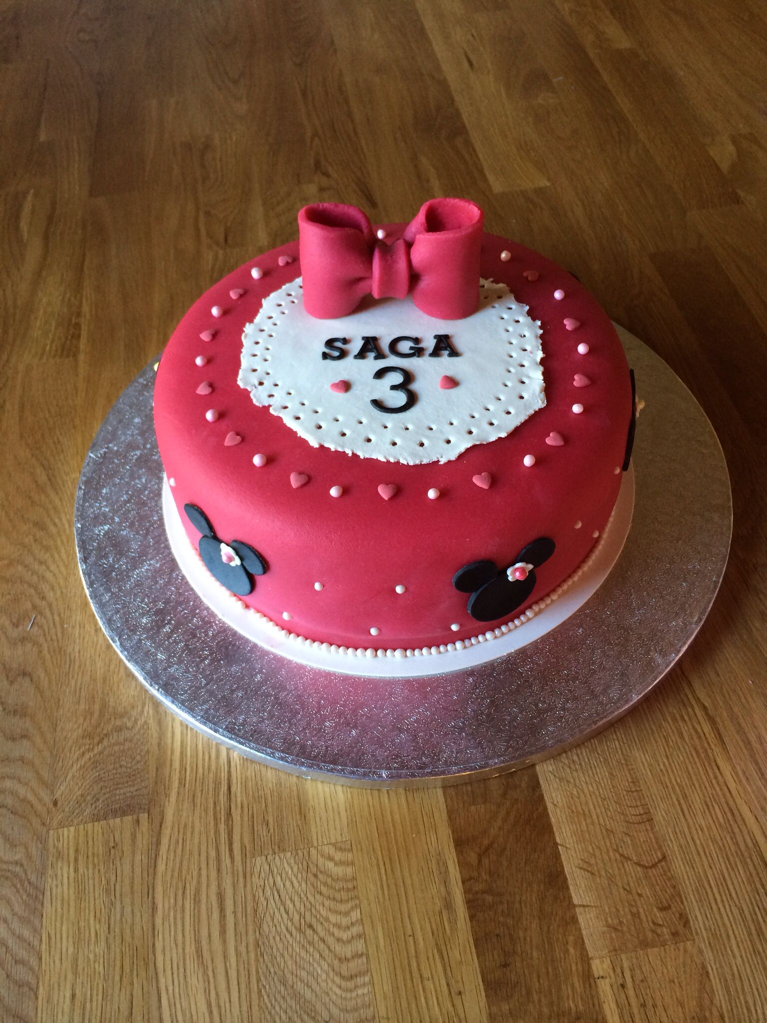 3rd Birtday Cake Red Minnie Mouse Mimmit Rta