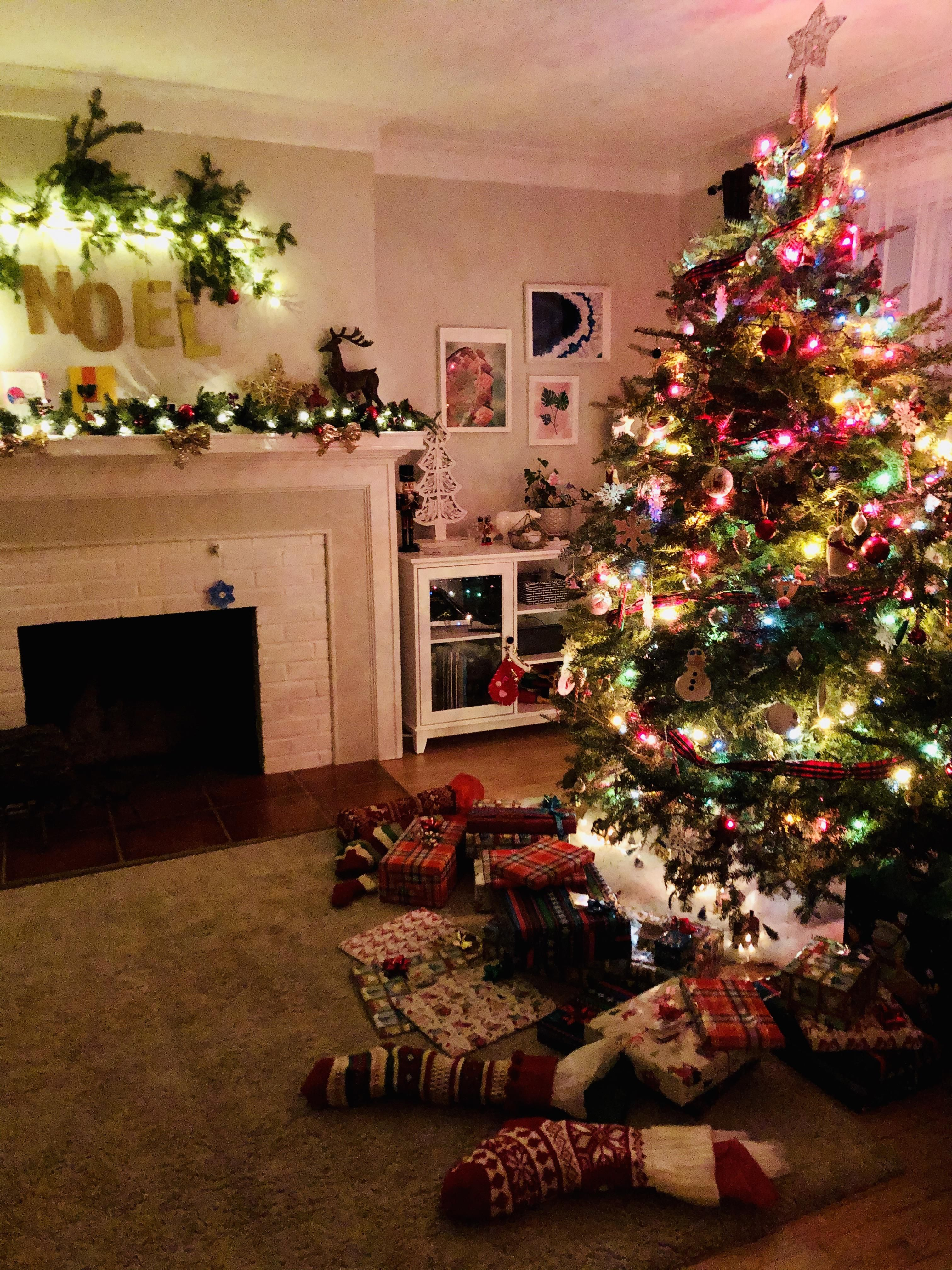 Kids Are Asleep Looks Like Santa Flew In Early This Year Merry Christmas Reddit Cozy Place Holiday Decor Creative Home Decor