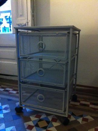 Vendo cajonera con ruedas ikea serie lennart est en - Compra muebles segunda mano barcelona ...