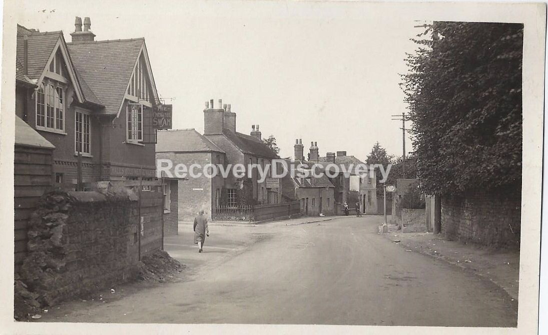Photographic Postcard The Original Swan Oxford Road Cowley
