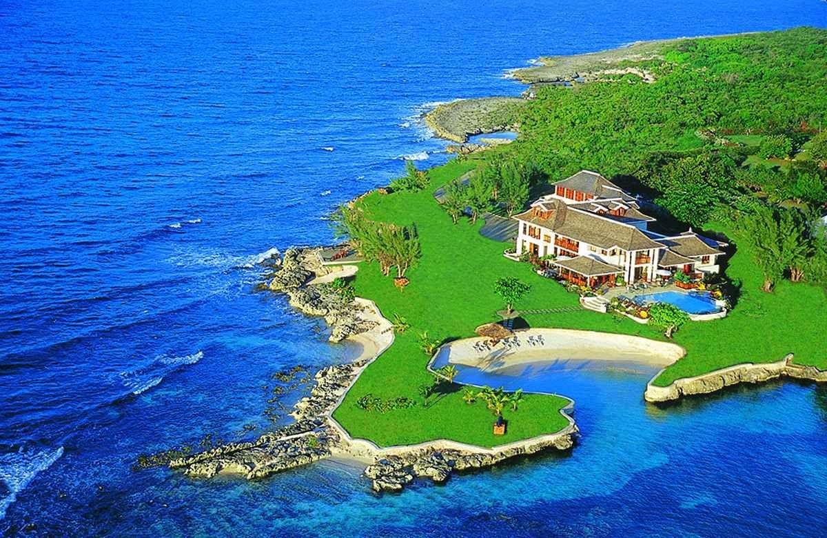 Amazing Villas | Top Villas | Best Villa Rentals | Villa Holidays | Fortlands Point