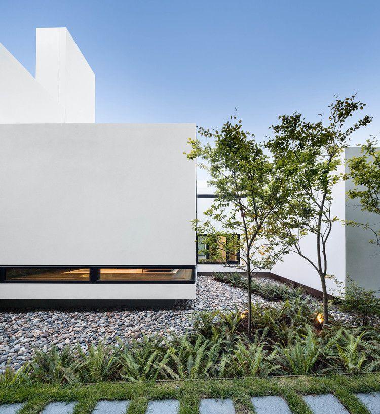 Modern home in Vancouver, British Columbia Architecture Du0027Arcy - gardine küche modern