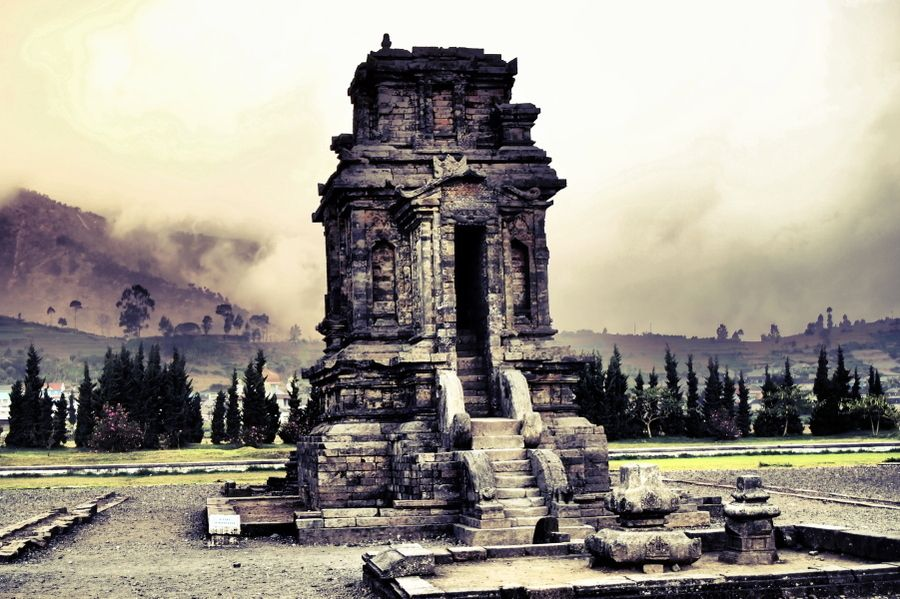 Old temple by Prabu dennaga on 500px |||  The Plateau is the location eight small Hindu temples. Built around 750 CE, they are the oldest known standing stone structures in Java. They are originally thought to have numbered 400 but only eight remain.  Dieng's misty location almost 2000 m above sea level, its poisonous effusions and sulphur-coloured lakes make it a particularly auspicious place for religious tribute.
