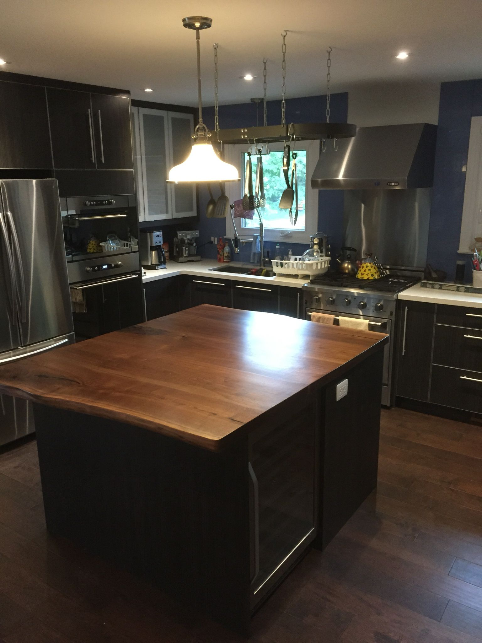 Black Walnut Counter Top by ROCA WoodWorks