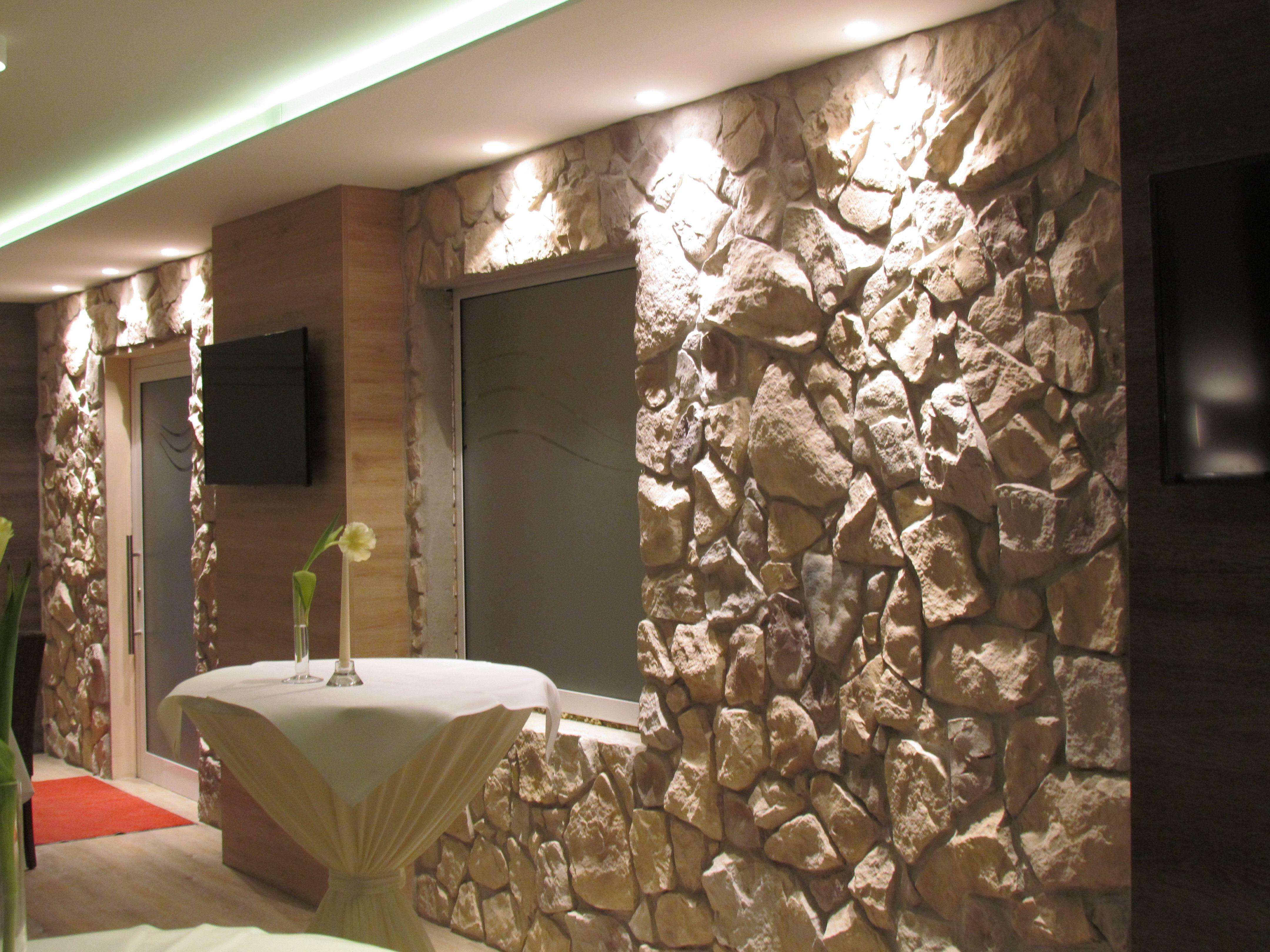 Styropor Wandpaneele Perfektionieren Drinnen Steinwand Selber Machen New Wohnzimmer Wandpaneele Steinwand Betten Fur Kleine Raume