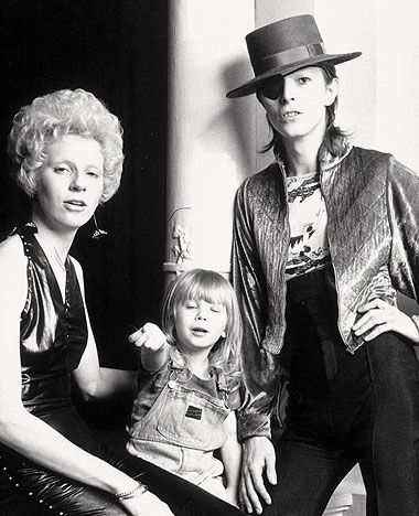 """David Bowie and his ex-wife Angie with their son """"Zowie ..."""