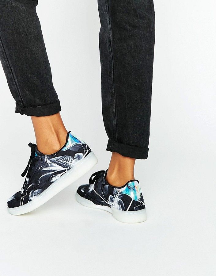 Reebok Club C Sneakers In Monochrome