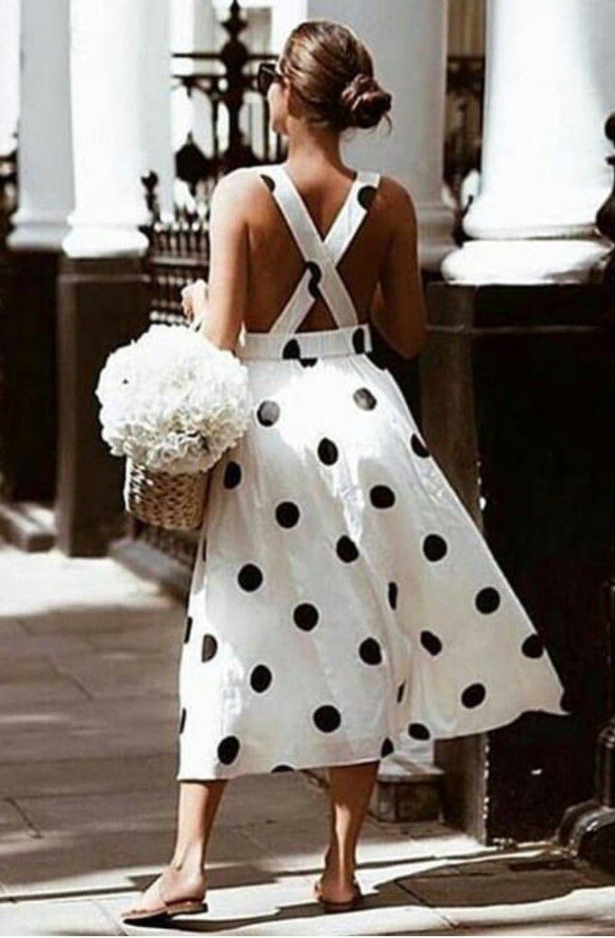 Photo of Sommerkleid mit dem Trendmuster Polka Dots