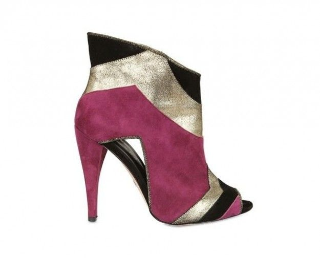 Tra i modelli di ankle boot peep-toe più belli proposti dai grandi marchi per l'inverno 2013, il modello Blonde Ambition in color block.