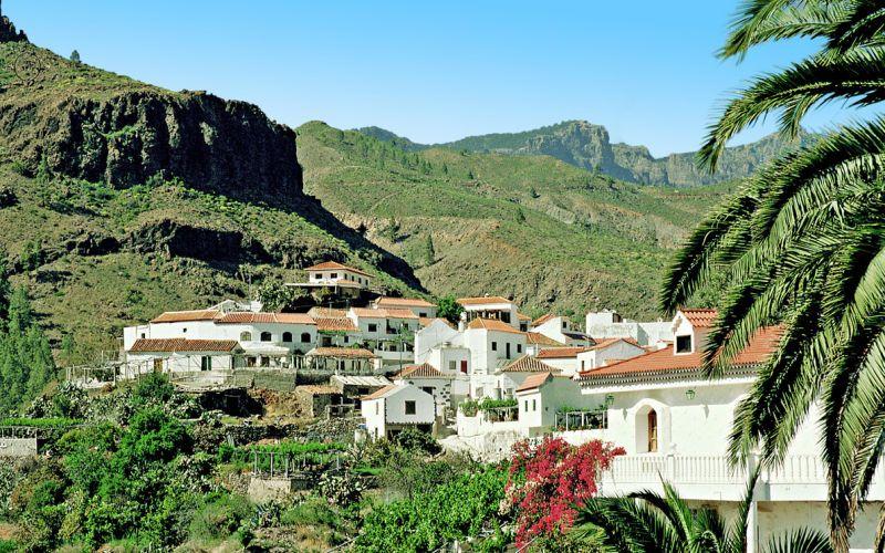 Hvis du trænger til en pause fra turistområderne, så kan vi anbefaler dig at leje en bil og køre en tur op gennem Gran Canarias smukke bjerglandskab. Se mere på www.apollorejser.dk/rejser/europa/spanien/de-kanariske-oer/gran-canaria