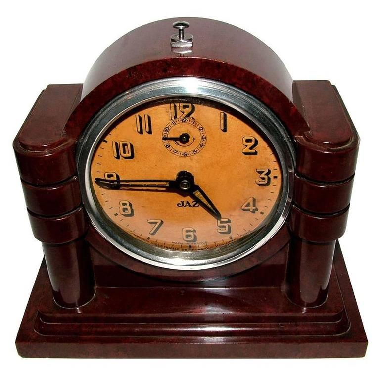 Art Deco Bakelite Clock By Jaz From A Unique Collection Of Antique And Modern Clocks At Https Www 1stdibs Furniture Decorative Objects