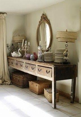 Konsolentisch Im Französischen Landhausstil, Dekorieren, Einrichten,  Wohnzimmer, Esszimmer