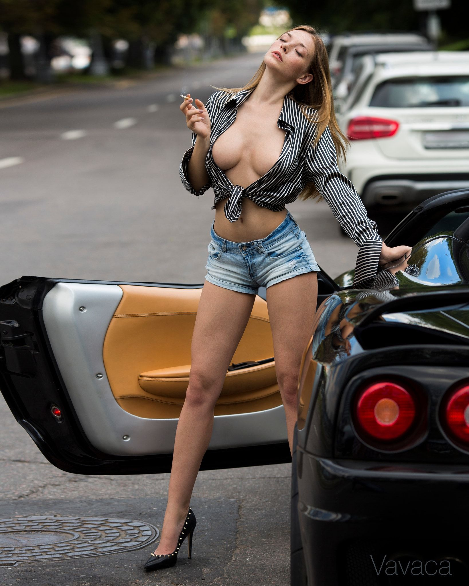 Hot sexy naked girls in a car