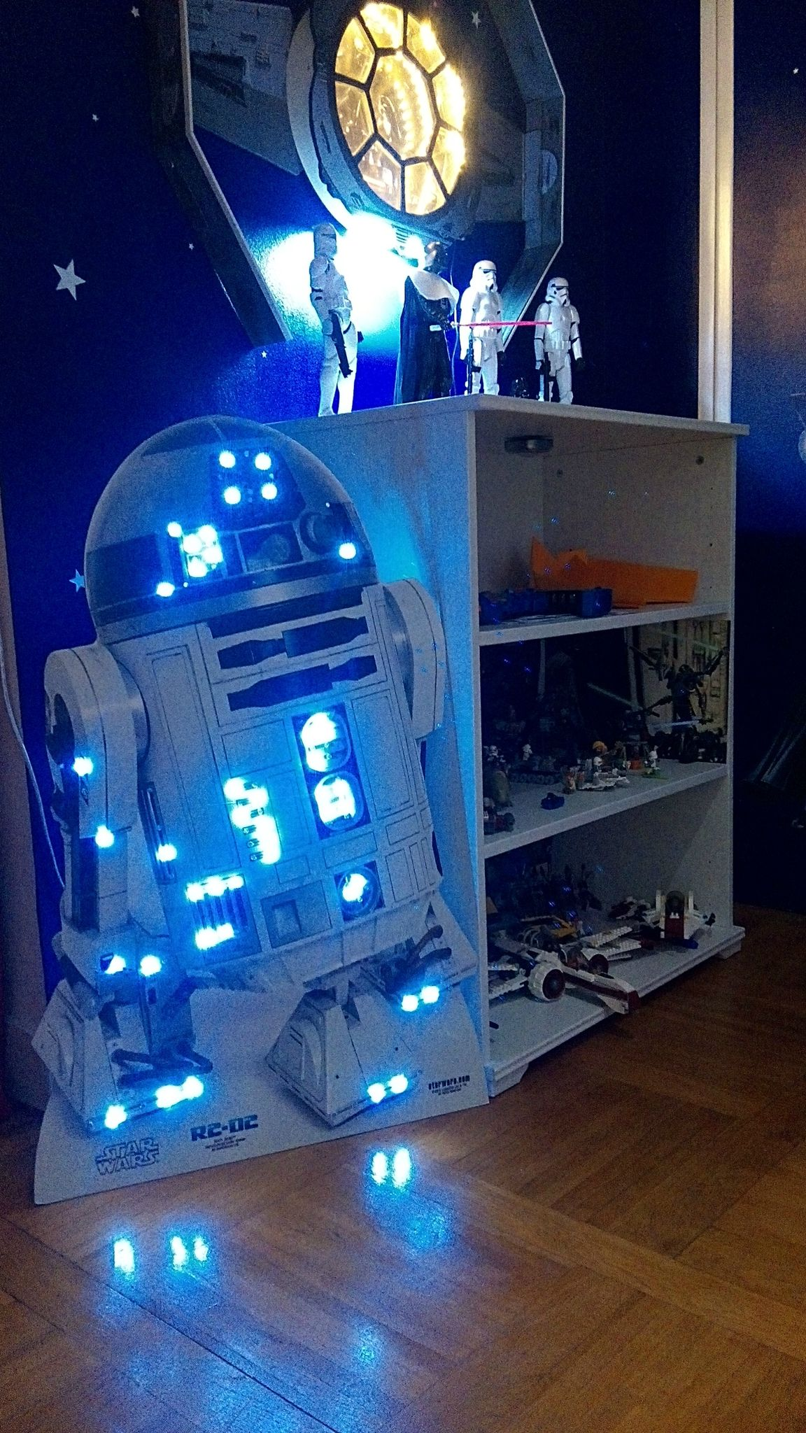 plus de 25 id es uniques dans la cat gorie chambre star wars sur pinterest chambre de star. Black Bedroom Furniture Sets. Home Design Ideas