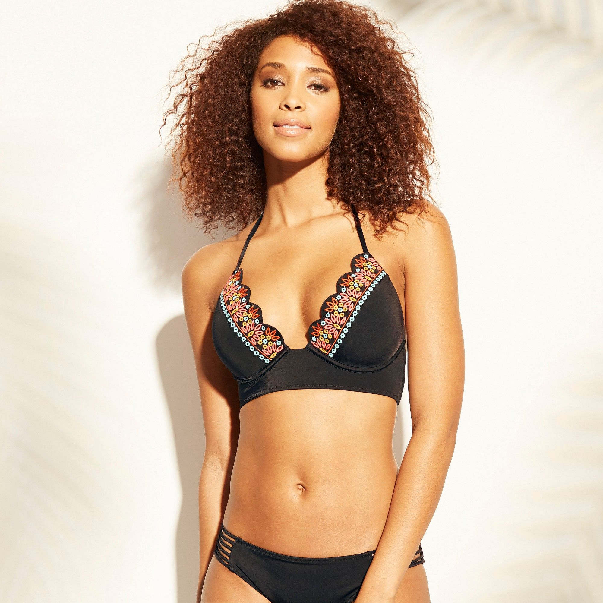 508f1822588 Women's Tropics Light Lift Eyelet Trim Triangle Bikini Top - Shade & Shore  Black 38B