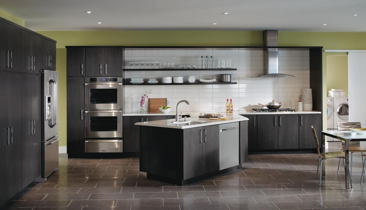 If Contemporary Design Is Your Calling You Ll Love The Sleek Efficiency Of These Dark Gray Grey Kitchen Cabinets Dark Grey Kitchen Cabinets Dark Grey Kitchen