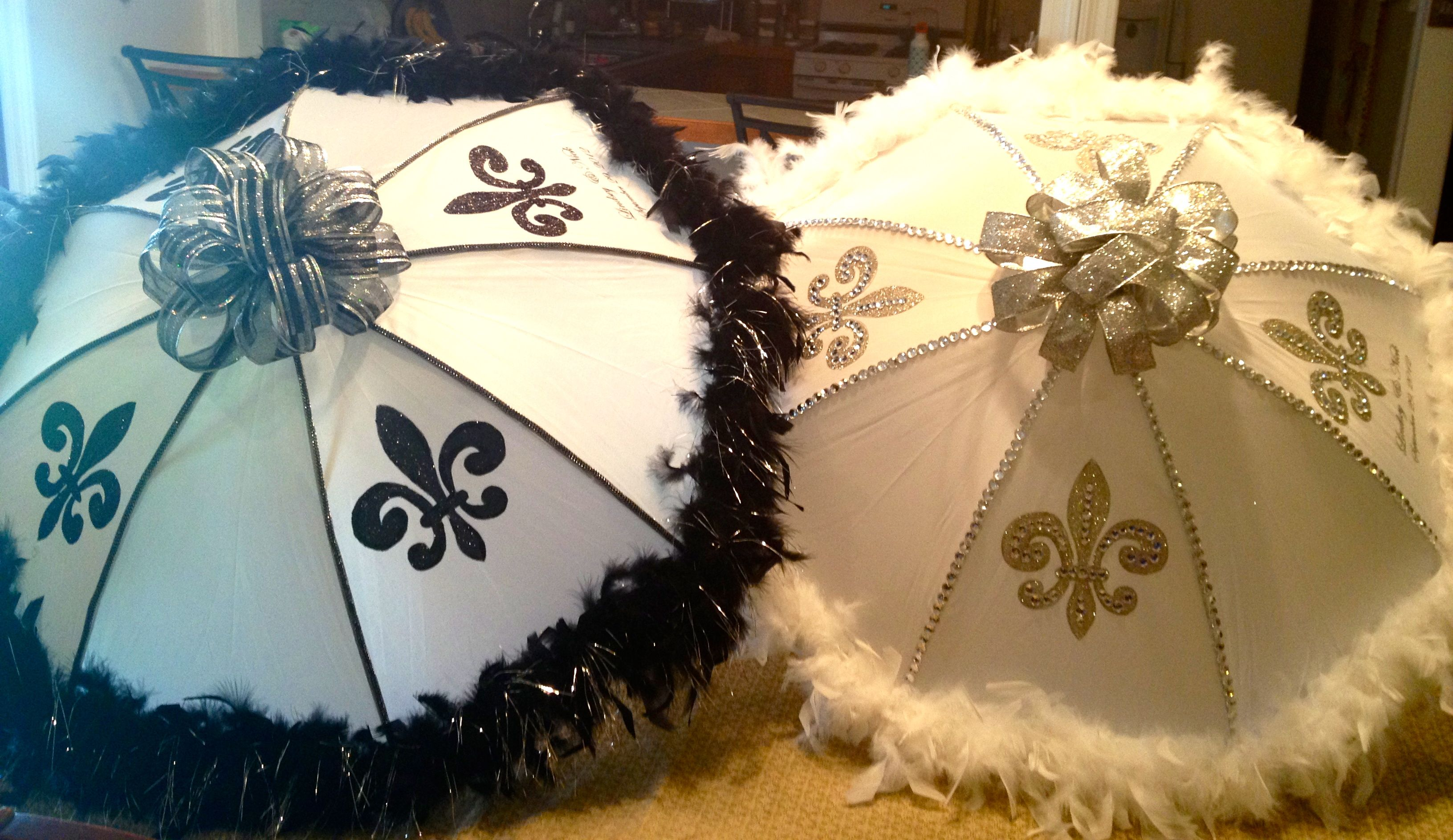 Pin By Twonolagirls On Second Line Umbrellas Umbrella Wedding Mardi Gras Party Theme Mardi Gras Wedding