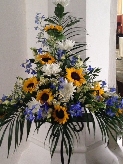 Pedestal arrangement sunflower wedding ideas pinterest