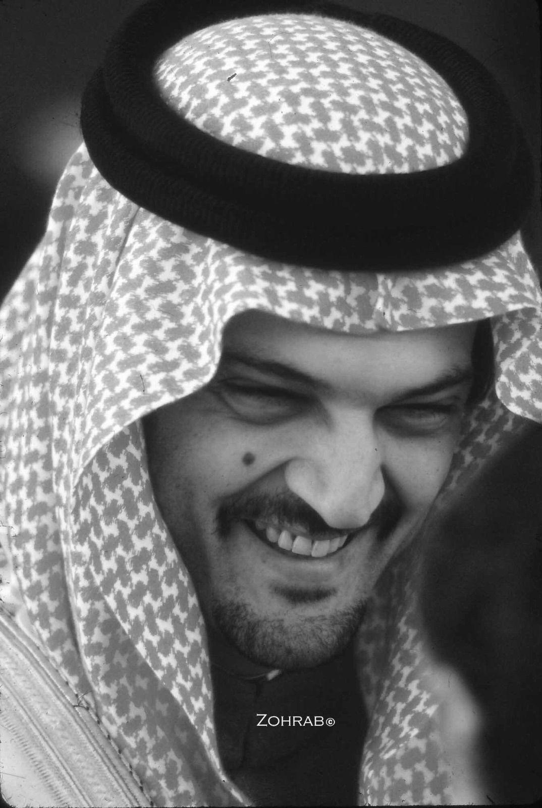 الأمير سعود الفيصل الله يرحمه Arab Men Fashion Saudi Men Arab Men