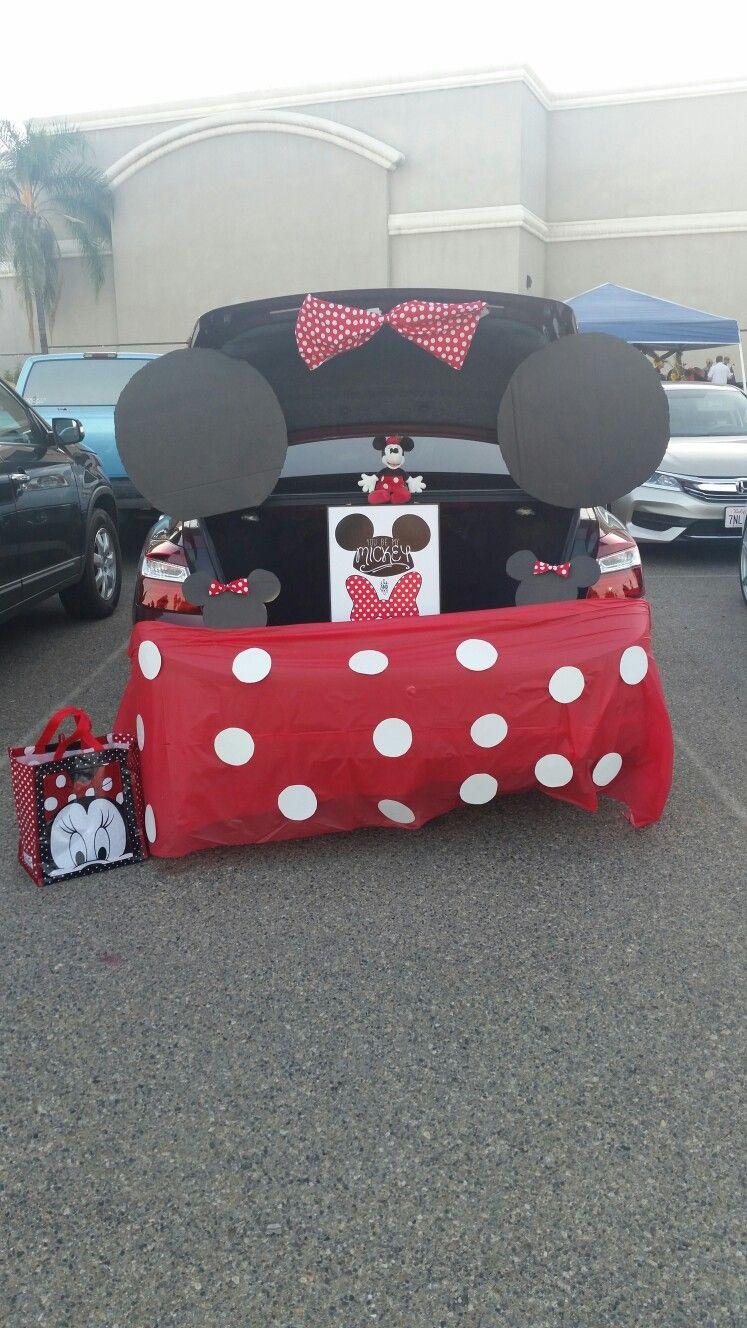 Minnie Mouse Trunk or Treat #trunkortreatideasforcarsforchurch