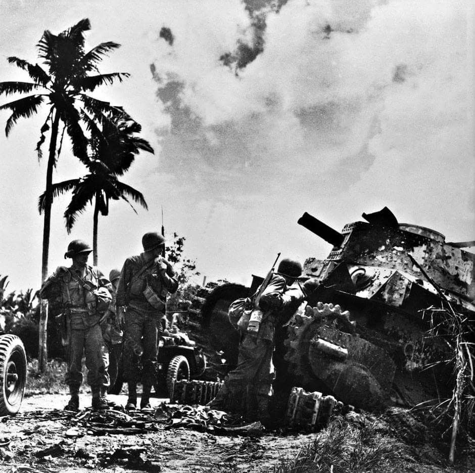 Luzon 6th Army Looked At A Knocked Out Japanese Tank Japanese
