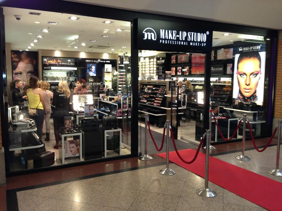 Make-up Studio Brand Store Eindhoven, the Netherlands