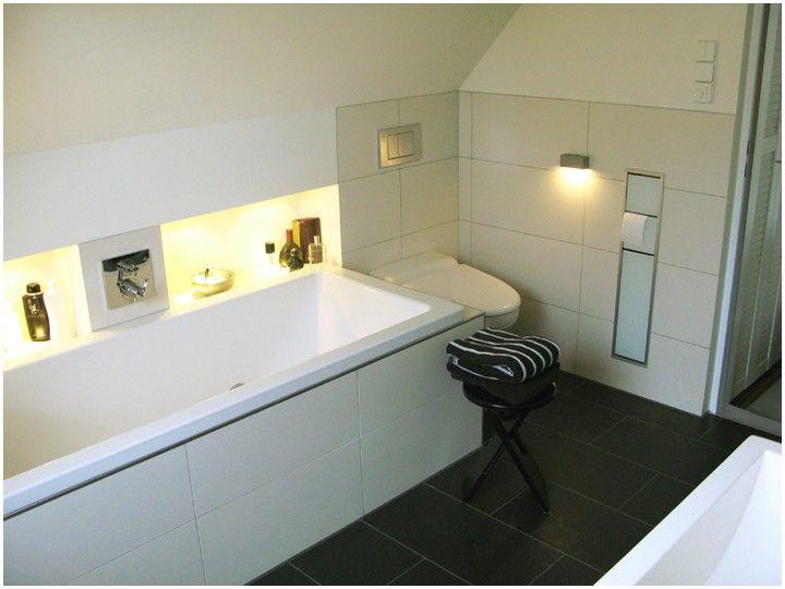 Badewanne Unter Dachschrage Einbauen Bad In 2019 Bath Und Bathroom