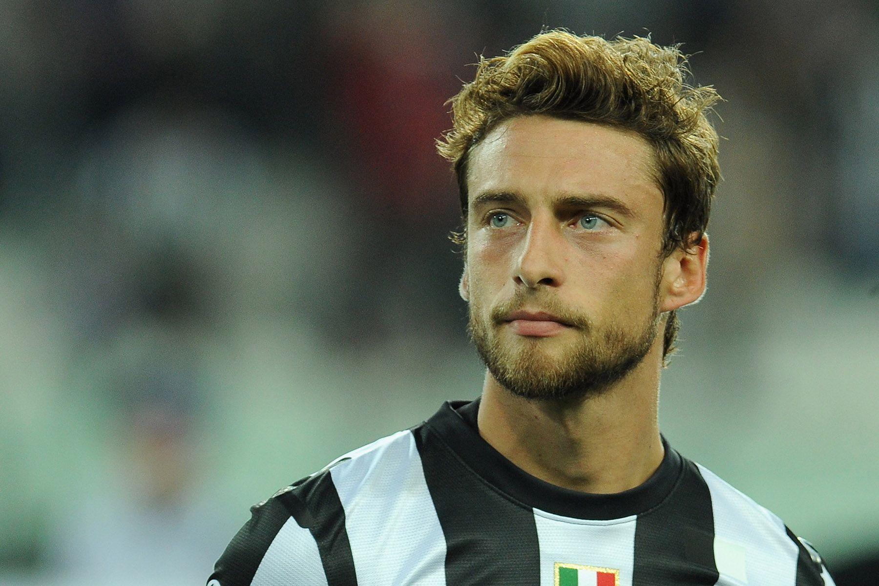 Team Italy And Juventusage 28 Known For The Italian Press Has Dubbed Him Il Principino The Litt Claudio Marchisio Best Looking Footballers Soccer Players