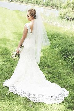 852b8fd81e David s Bridal All Over Lace Beaded Trumpet Gown T9612 Size 6 ...
