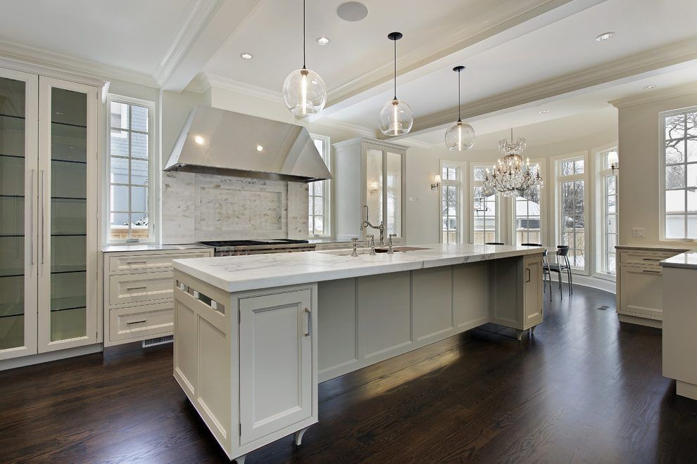 Best Sherwin Williams Grecian Ivory Kitchen Transitional With 640 x 480