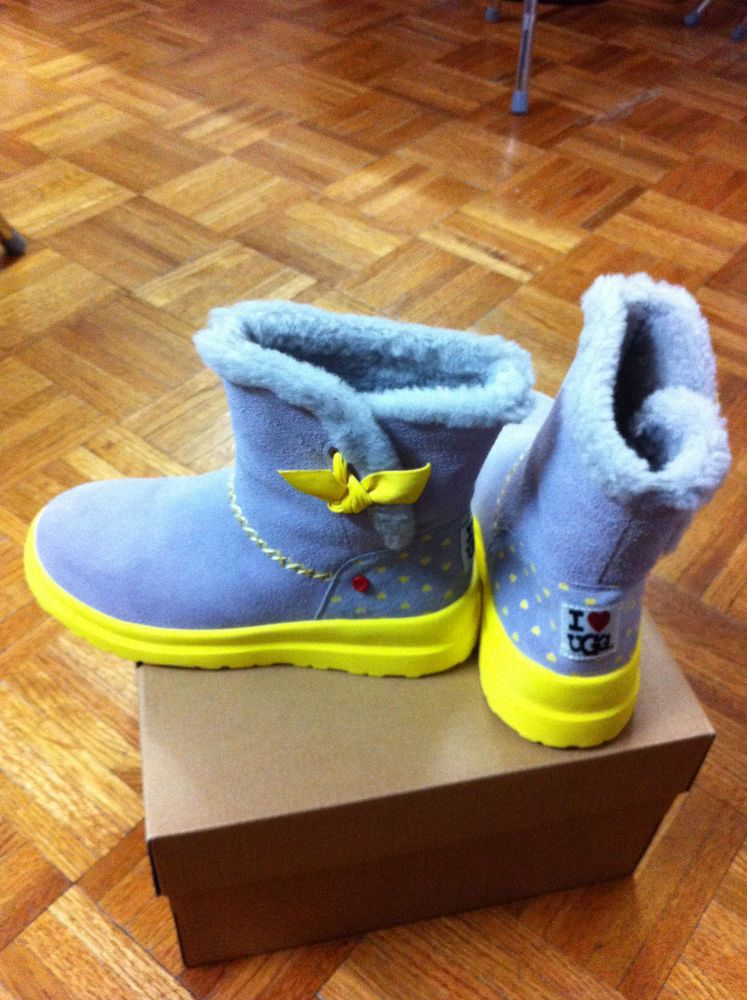 a697c00f831 New Childs UGG Size 3 I Heart Knotty Suede Boots Grey/Yellow (eBay ...