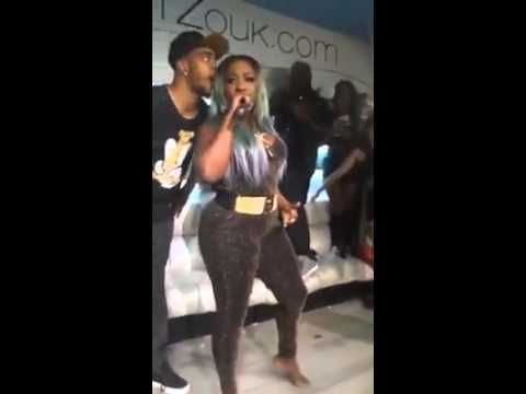 Spice give the guys daggering - YouTube