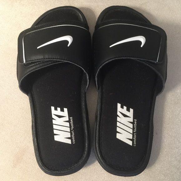 b9dcb1c1276a8 Nike Comfort Footbed Slides Velcro adjustable slides. Youth size 4 ...