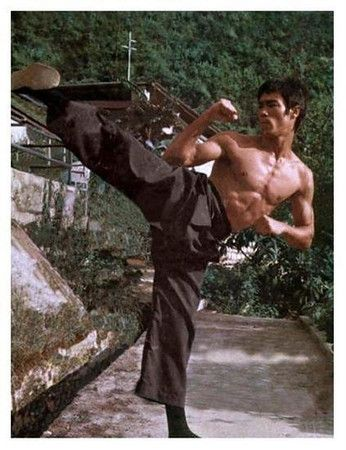Bruce Lee 'Be Like Water' - A Tribute (40 Year Anniversary)